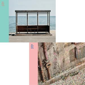 (First press) [SET][2CD + 2POSTER SET] BTS - Album [WINGS : You Never Walk Alone] (LEFT ver.) + (RIGHT ver.)